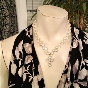 "Beautiful Faux Pearl Cross Necklace 18"" Length"